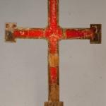 Creu<br /> S. XII - XIII<br /> Fusta policromada.<br /> 180 x 105 x 4<br /> Núm. Inv. 78<br /> Prové de la desapareguda capella del Roser (Sant Joan de les Abadesses).