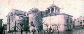 Monestir de Sant Joan de les Abadesses amb el cambril barroc